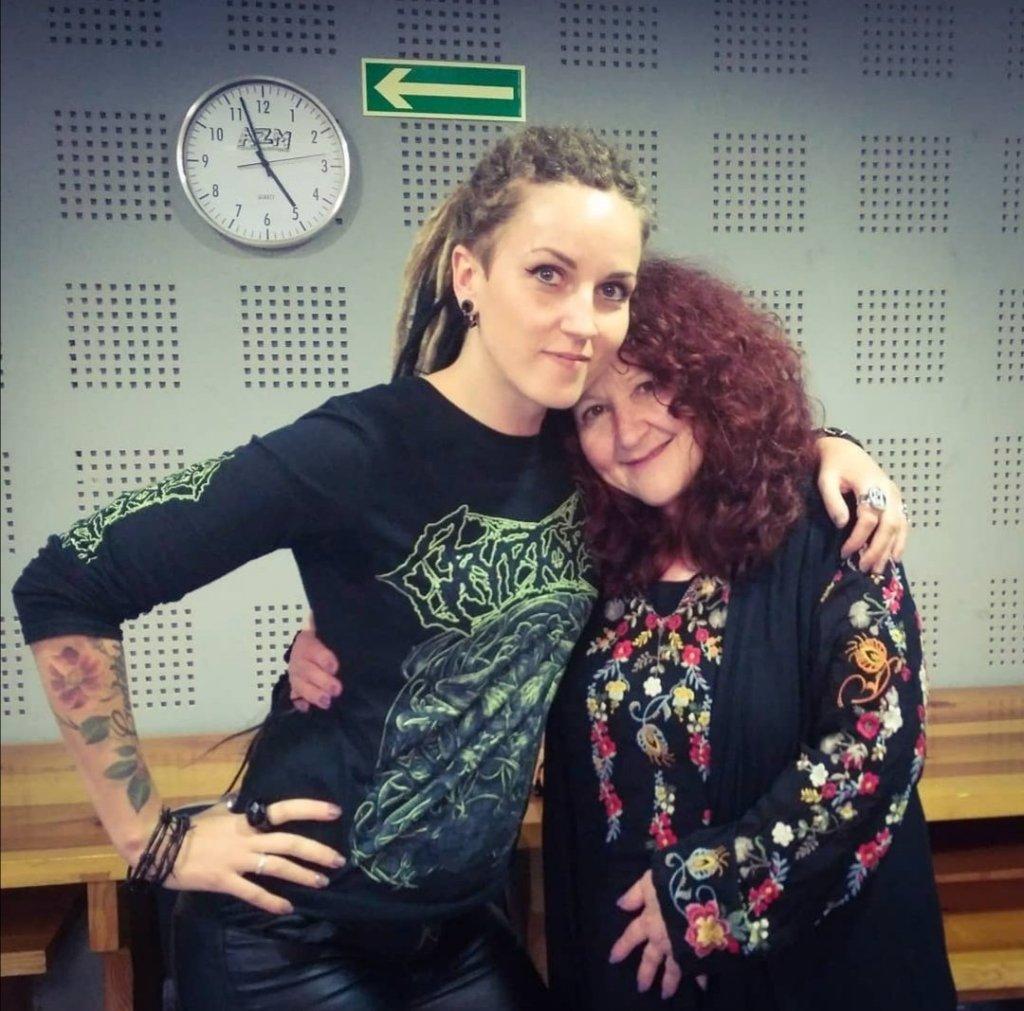 Mara Lisenko with ith Melissa Cross, Zen of Screaming Vocal Coach